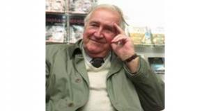 ДЕЈАН МЕДАКОВИЋ, хисторичар умјетности, академик,предсједник САНУ, књижевник